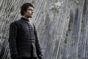 Theon Greyjoy in 'The Dragon and the Wolf'