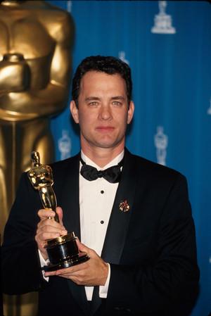 Tom Hanks (1995)