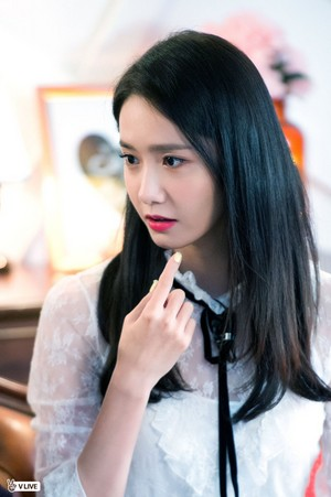 Yoona @ MBC Drama 'The King In Love' V Live Broadcast