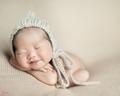 thumbs newborn photography 19 - dphoto-folio photo