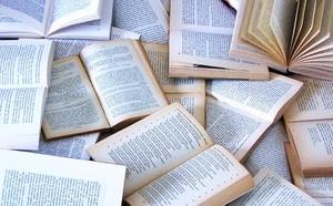 tumblr static book pile1
