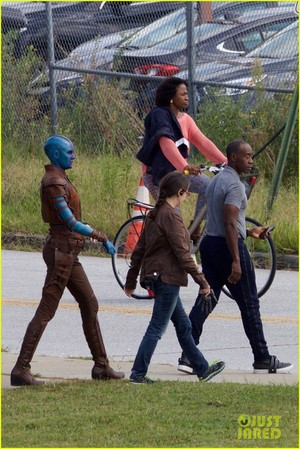 'Avengers' Assemble on Set to Film Marvel's inayofuata Blockbuster