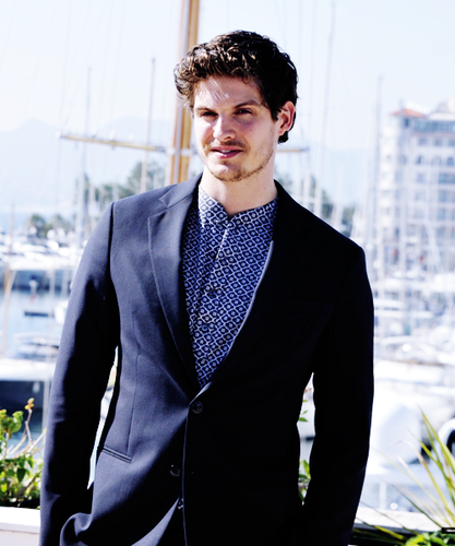 "Daniel Sharman karatasi la kupamba ukuta titled ""Medici"" Photocall During MipCom In Cannes, France"
