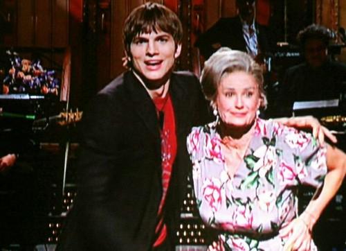 Ashton kutcher demi moore age gap