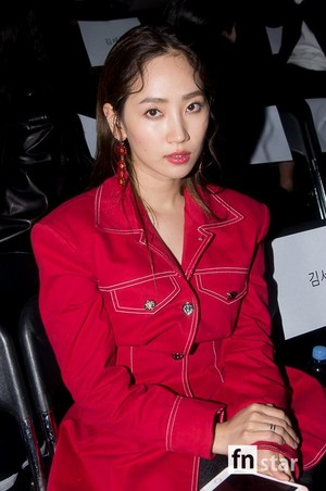 171017 HA:TFELT (Yeeun) @ 2018 S/S HERA Seoul Fashion Week - FLEAMADONNA Collection