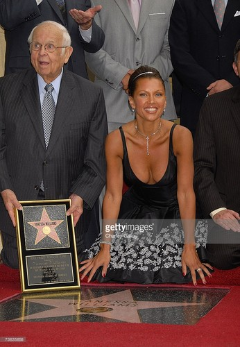 Vanessa Williams achtergrond titled 2007 Walk Of Fame Induction Ceremony