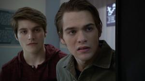 26x19 ~ Broken Glass ~ Liam and Nolan