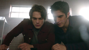 6x18 ~ Genotype ~ Scott and Liam