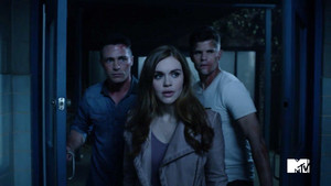 6x20 ~ The オオカミ of War ~ Lydia, Ethan and Jackson