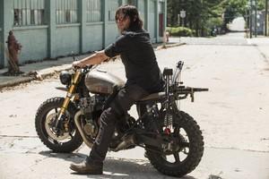8x01 ~ Mercy ~ Daryl