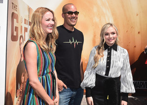Amy Acker, Natalie Alyn Lind and Coby bel, bell