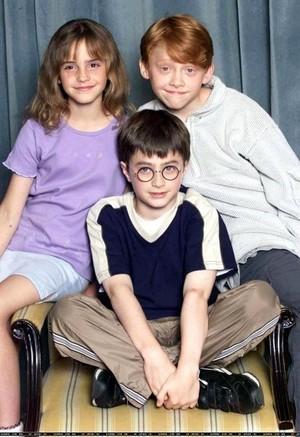 Children harry potter actors 1579357 411 599