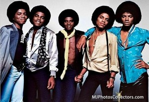 Destiny Album Photoshoot the jackson 5 12610340 500 342