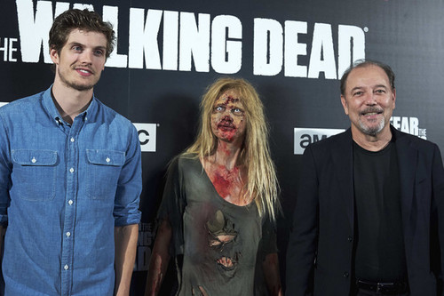 Daniel Sharman wallpaper entitled Fear the Walking Dead Madrid Photocall