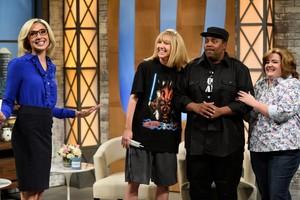 Gal Gadot Hosts SNL - October 7, 2017 - Gal, Heidi Gardner, Kenan Thompson and Aidy Bryant