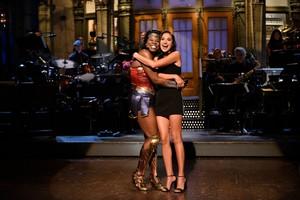 Gal Gadot Hosts SNL - October 7, 2017 - Gal and Leslie Jones