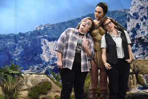 Gal Gadot Hosts SNL - October 7, 2017 - Gal with Aidy Bryant and Kate McKinnon