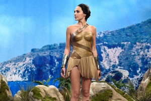 Gal Gadot Hosts SNL - October 7, 2017 - Themyscira