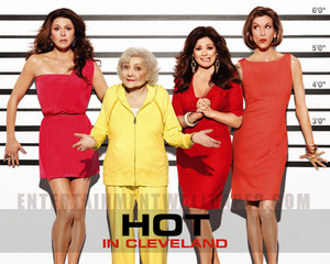 Hot in Cleveland fondo de pantalla