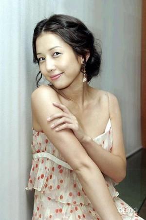 Jeong Da-bin (March 4, 1980 - February 10, 2007)