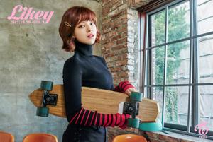 "Jeongyeon teaser image for ""Likey"""