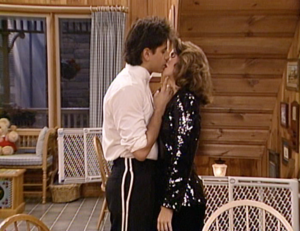 Jesse and Becky 90s tv couples 31036470 500 385