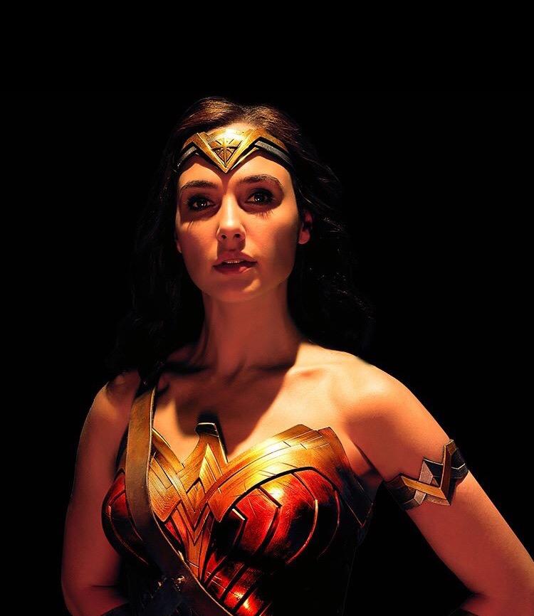 Justice League Portrait - Gal Gadot as Wonder Woman