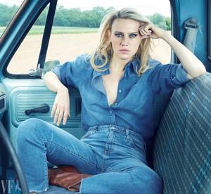 Kate McKinnon - Vanity Fair Photoshoot - 2017