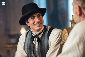 Legends of Tomorrow - Episode 3.02 - Freakshow - Promo Pics
