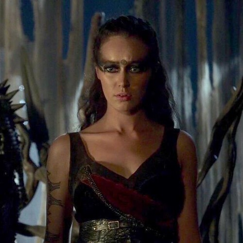 Commander Lexa (The 100) fond d'écran titled Lexa