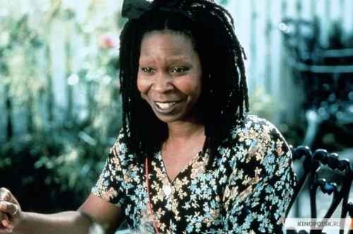Whoopi Goldberg wallpaper titled Moonlight and Valentino