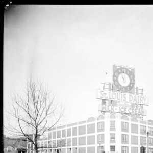 Neon Clock of the St. Louis Dairy Company (1948)