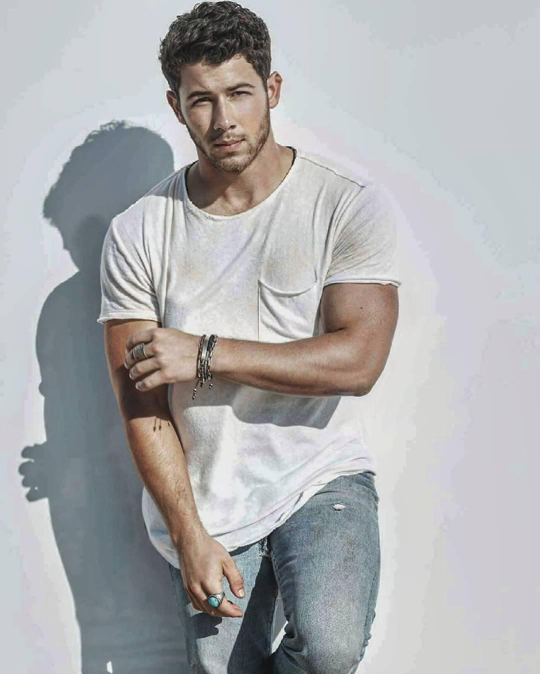 Nick Jonas Hintergrund called Nick. Nick. . HD Wallpaper ...