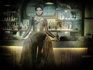 Once Upon a Time Regina Mills / Evil Queen Season 7 Official Picture