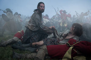 """Outlander """"The Battle Joined"""" (3x01) promotional picture"""