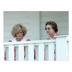 queen Elizabeth II & Princess Diana