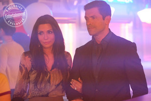 Riverdale: Hiram Lodge revealed in first look at Mark Consuelos from season 2
