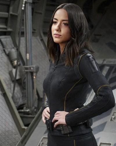 Skye (Agents Of S.H.I.E.L.D) 바탕화면 titled Skye