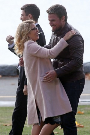 Stephen Amell & Emily Bett on set of Arrowverse crossover.