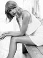 Taylor Swift  Keds Photoshoot 2015  19 - taylor-swift photo