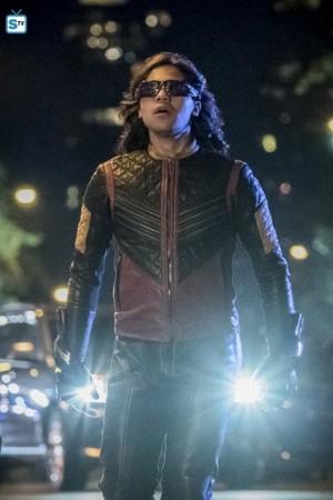 The Flash - Episode 4.01 - The Flash Reborn - Promo Pics