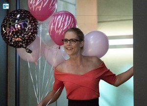 The Flash - Episode 4.05 - Girls Night Out - Promo Pics