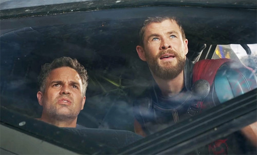 Thor: Ragnarok 바탕화면 entitled Thor Ragnarok