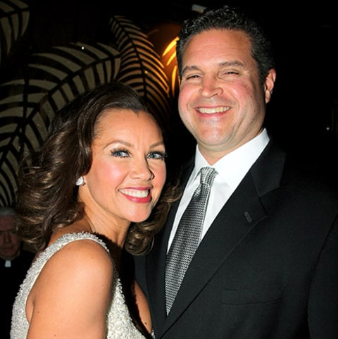 Vanessa Williams achtergrond entitled Vanessa And Third Husband, Jim Skrip