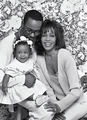 Whitney And Her Family - whitney-houston photo