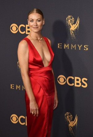 Yvonne Strahovski at the 2017 Emmy awards