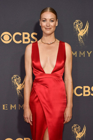 Yvonne Strahovski at the 2017 Emmy awards