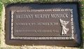 brittany murphy grave - celebrities-who-died-young photo