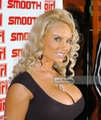 coco during ice t and coco host smooth magazine cover party at 22 picture id110300994 - nicole-coco-austin photo