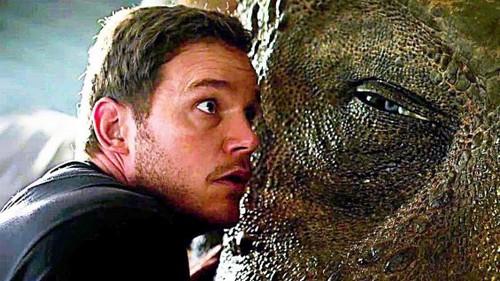 Jurassic World karatasi la kupamba ukuta called JW 2 Fallen Kingdom